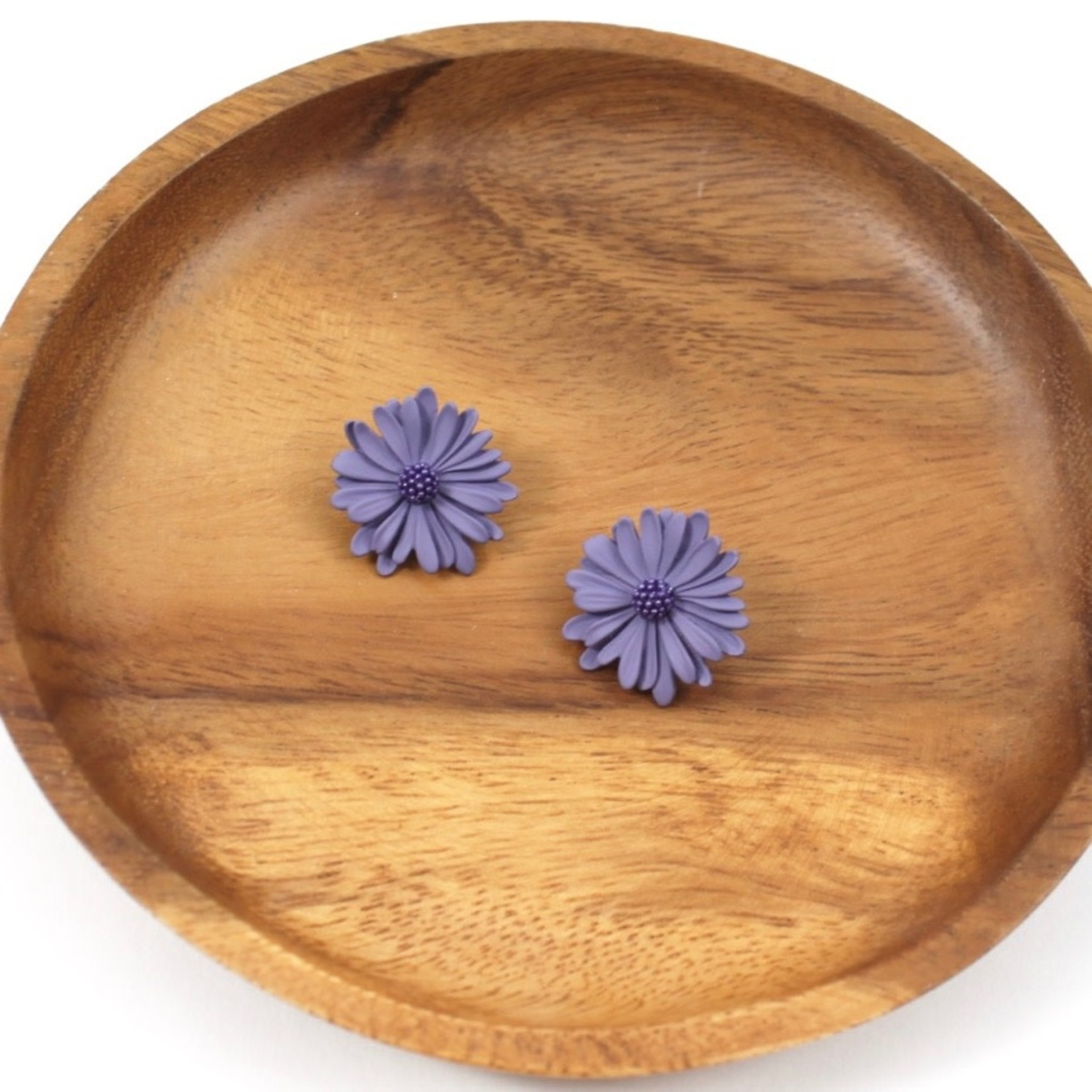 Dark Lavender Daisy Stud Earrings