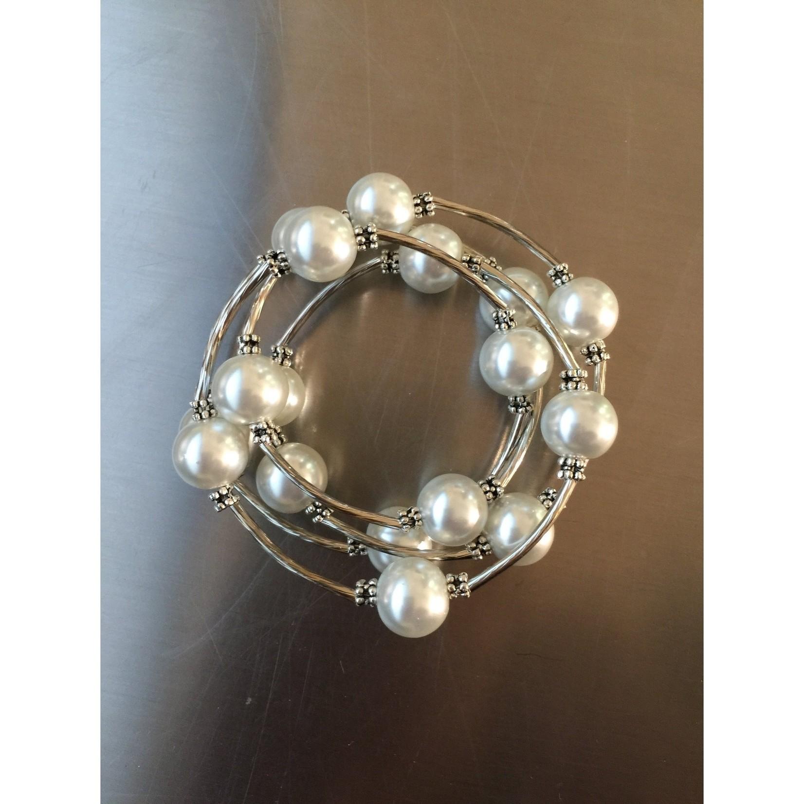 Sea Lily White Shell Pearl Wrap Bracelet