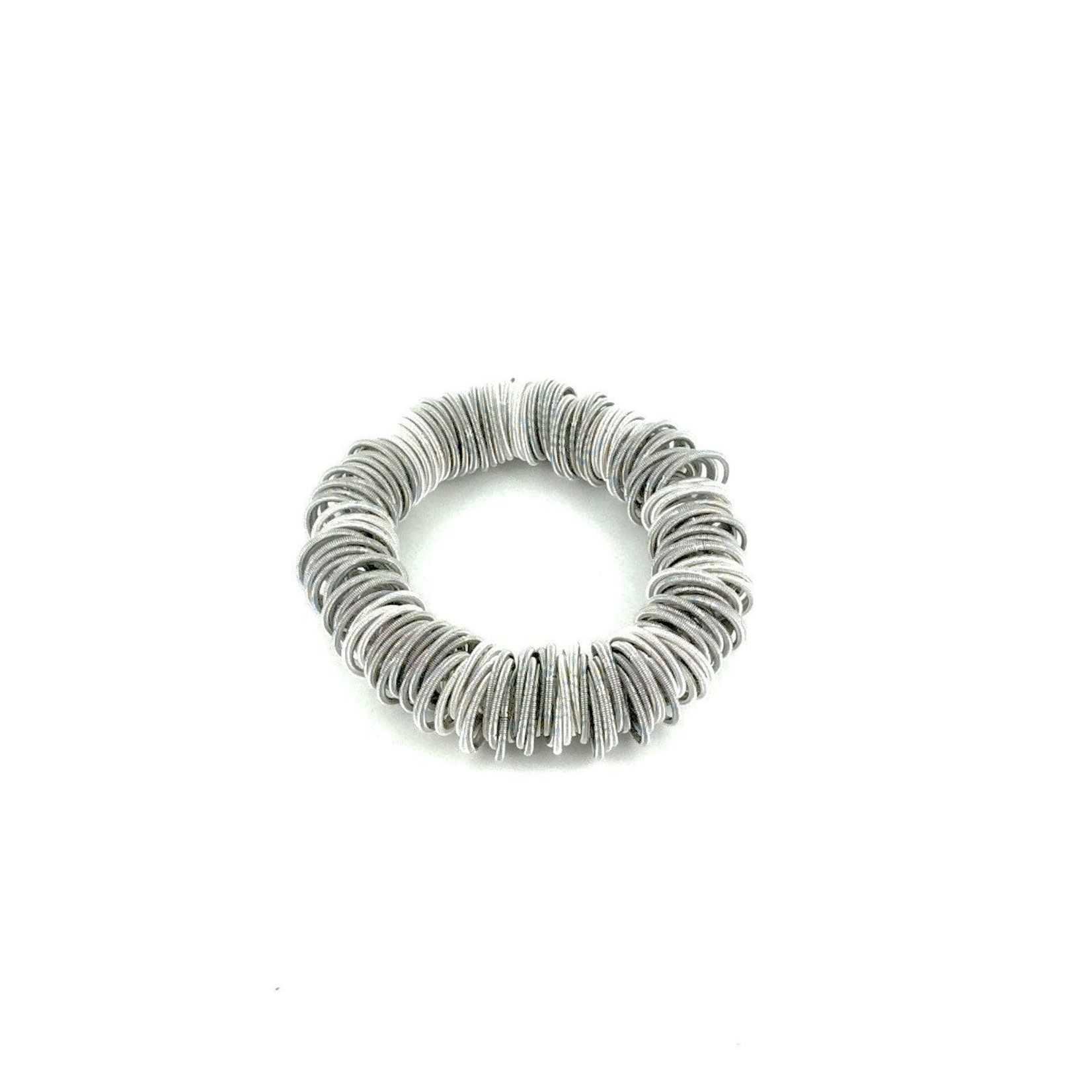 Sea Lily White/Silver PW Spring Ring Bracelet