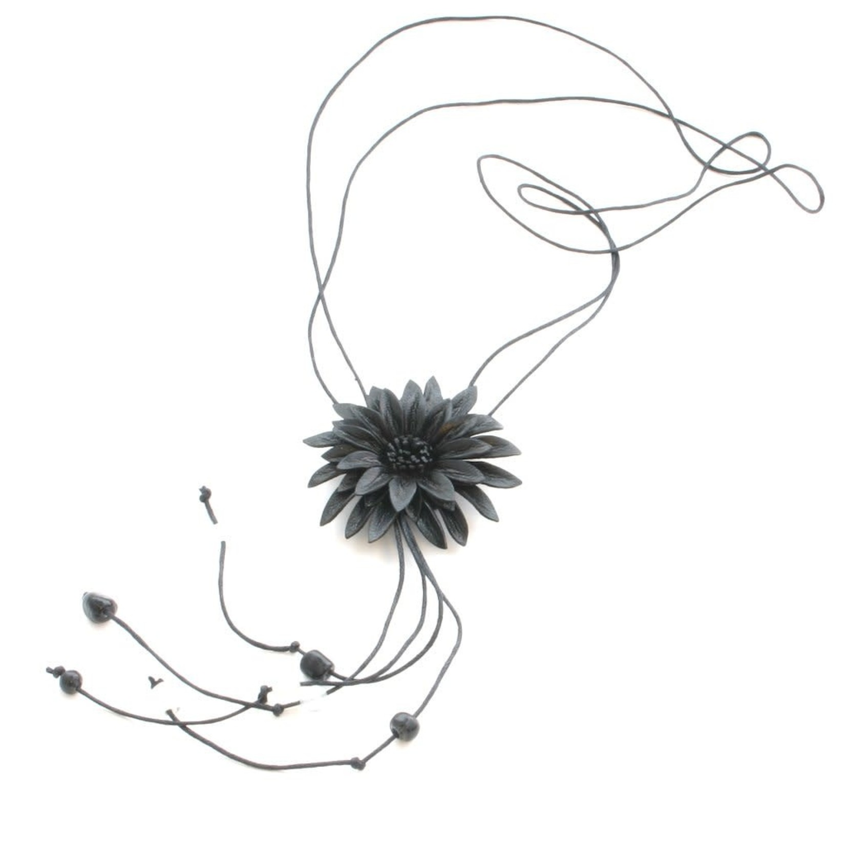 Suzie Blue Canada Leather Flower Necklace in Black
