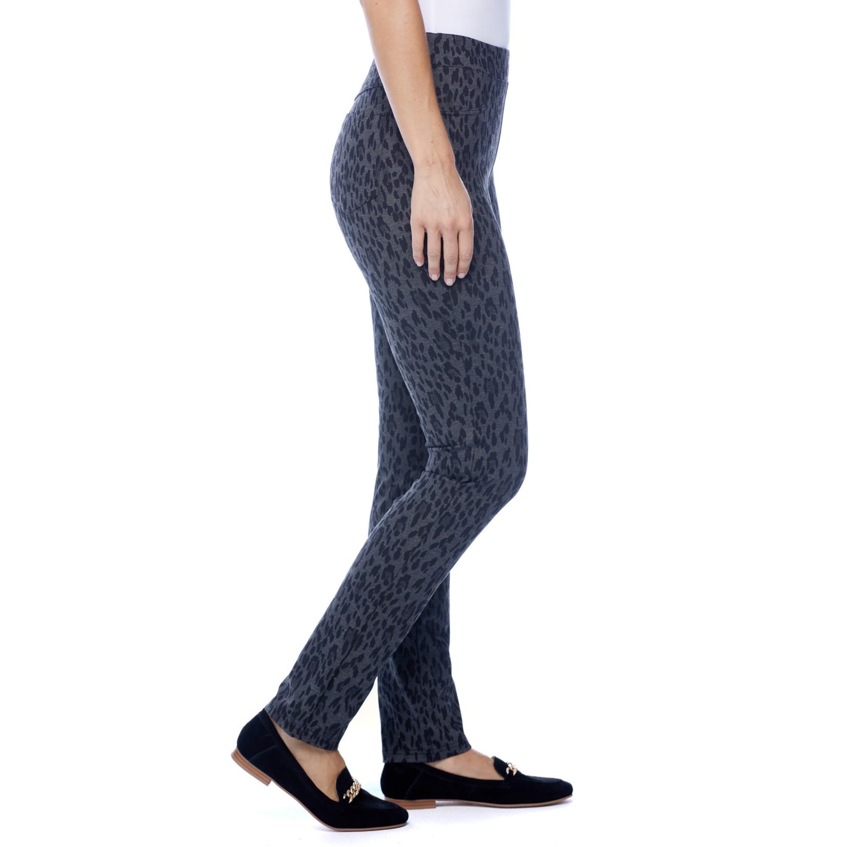 FDJ Pull-On Slim Leg in Blk/Gray Animal Print