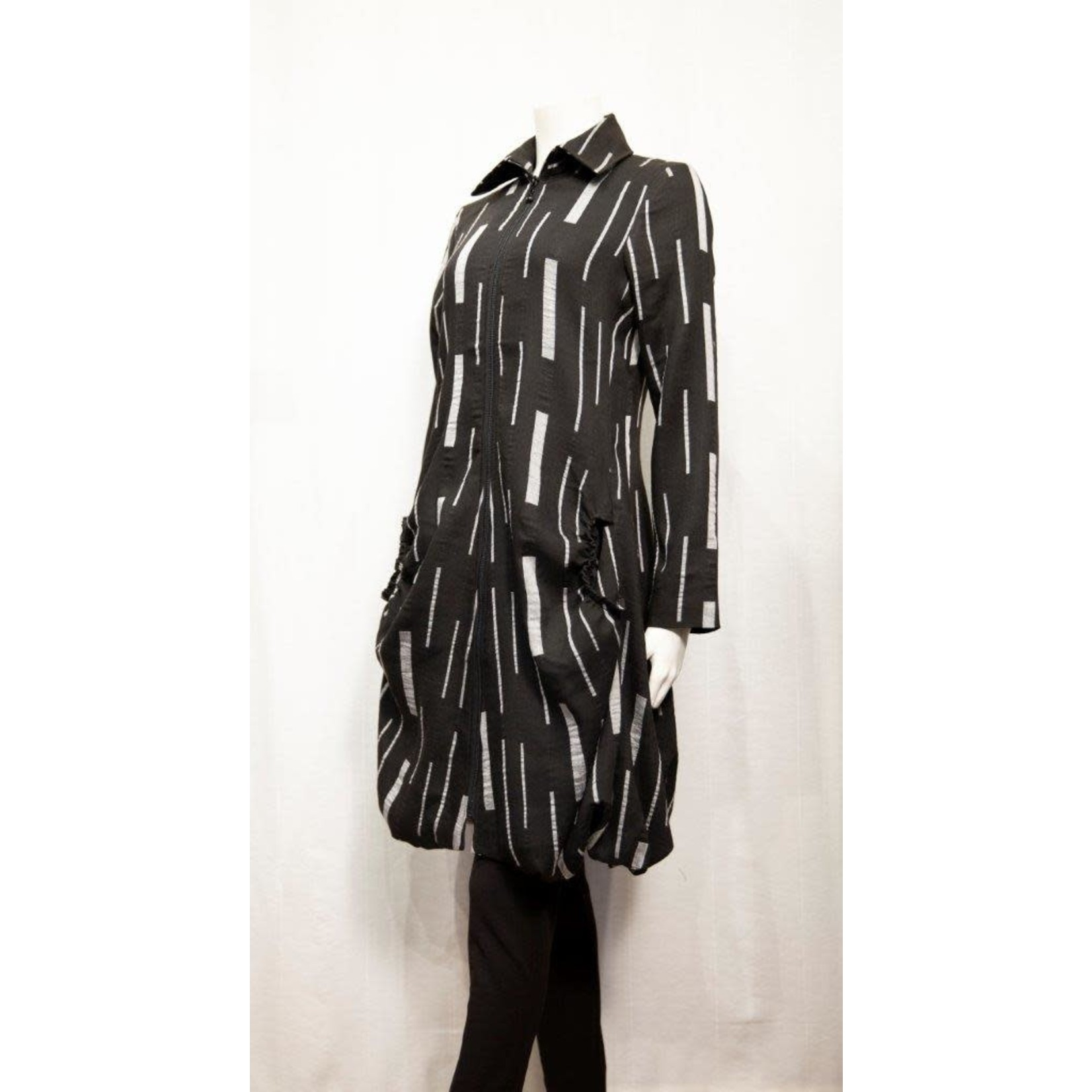 Samuel Dong Jacquard Long Blk/Wht Jacket