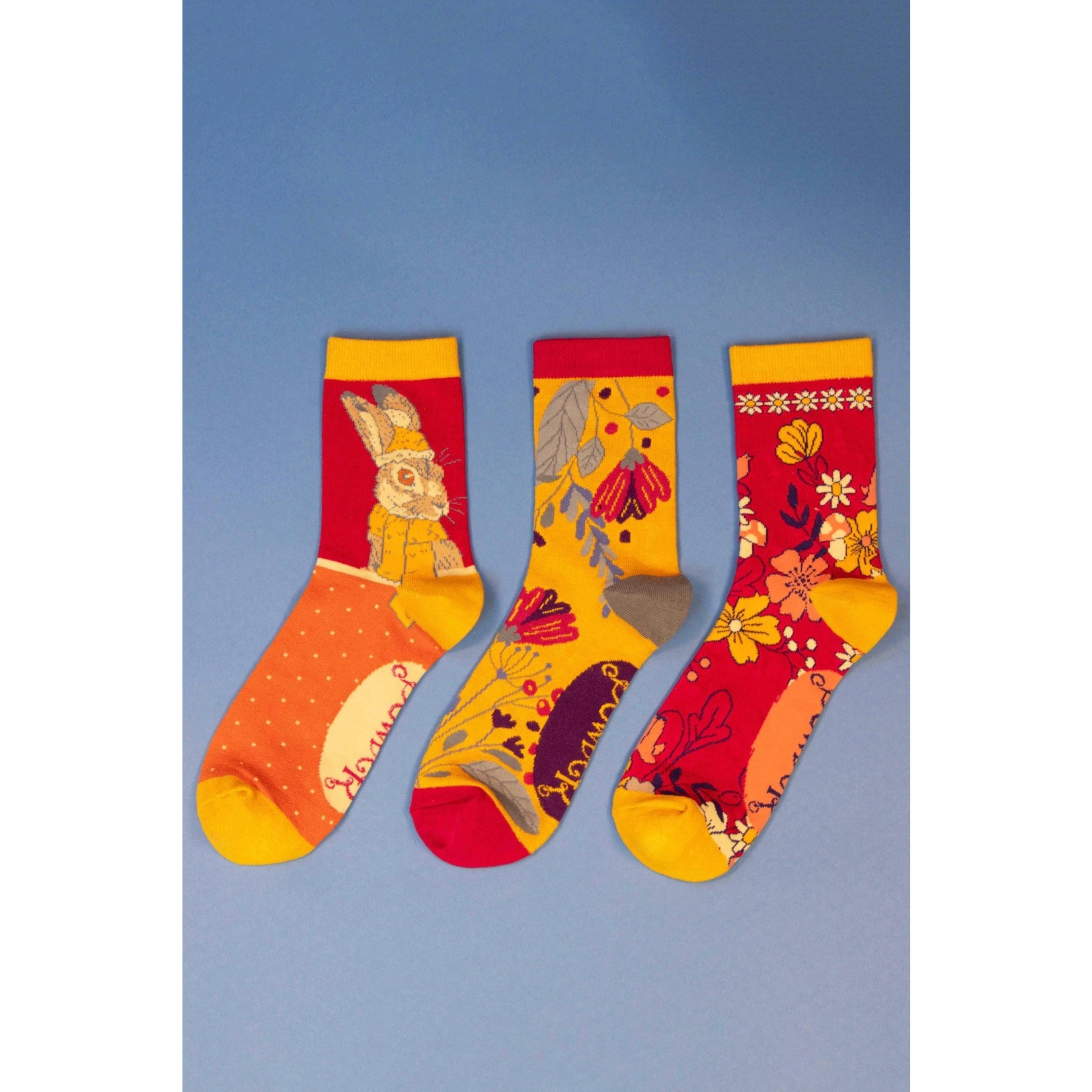 Powder Boxed Set of Socks in Delicate Floral Mustard