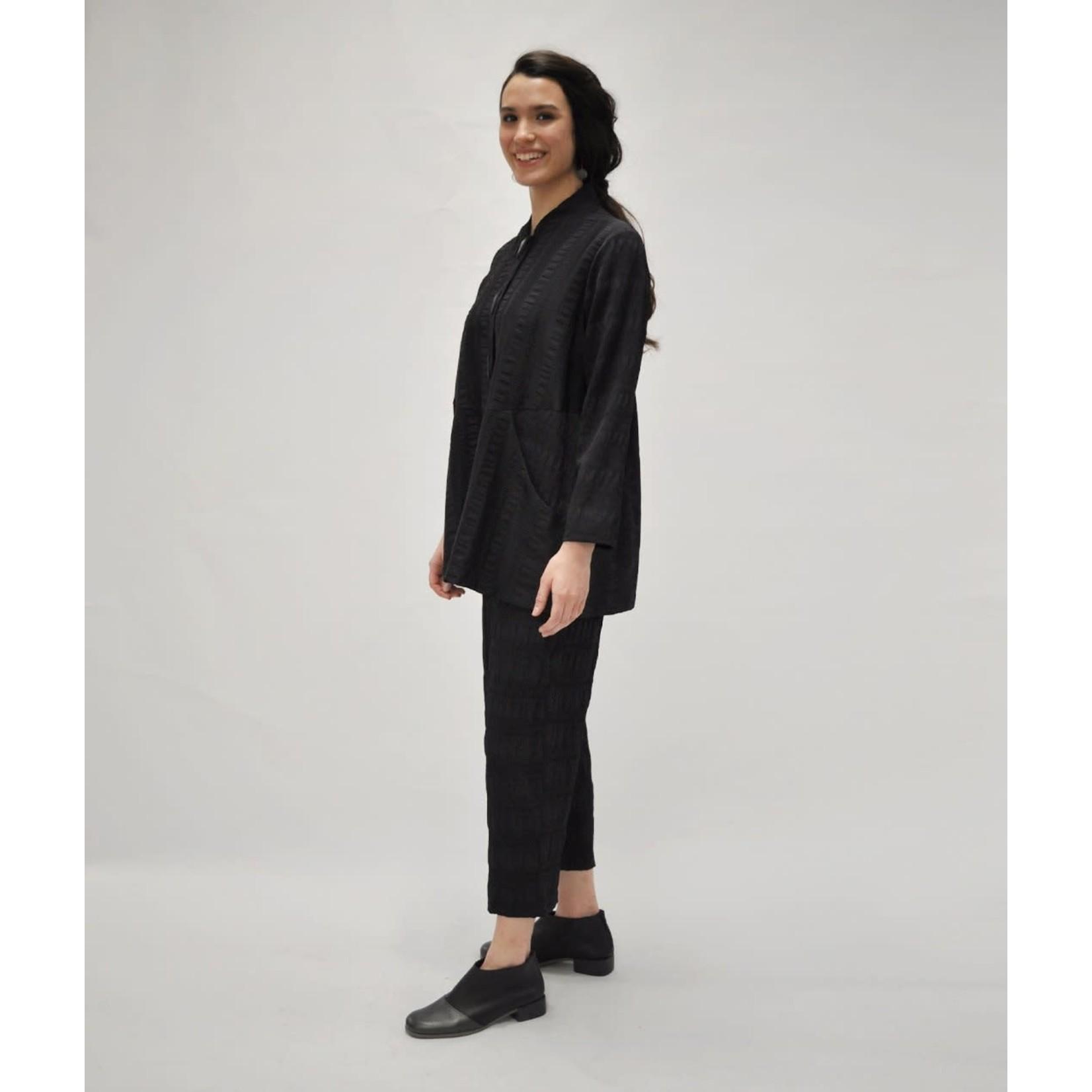 Niche Crinkle Line Jacket in Black