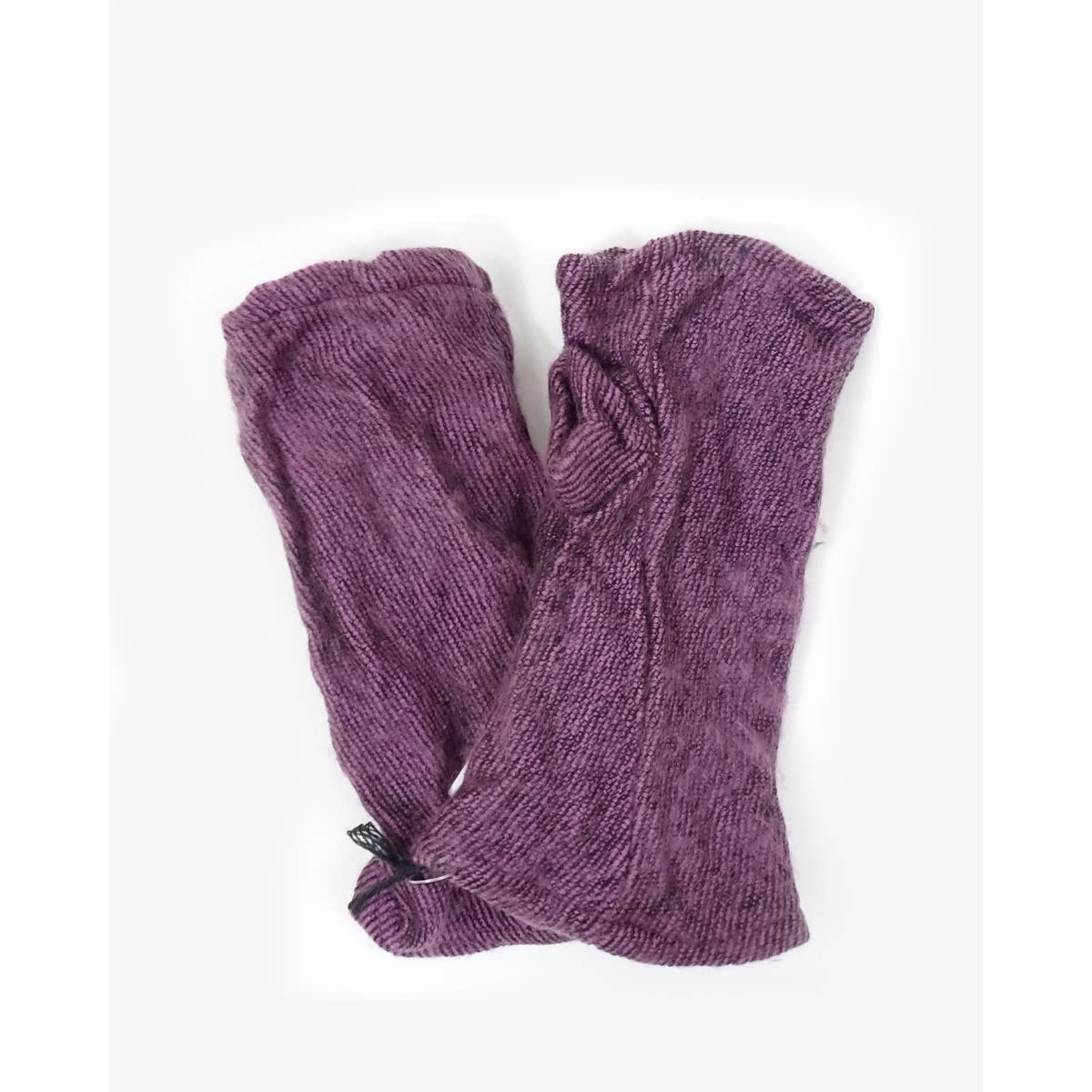 Zig Zag Asian Brushed Woven Fingerless Gloves in Lilac