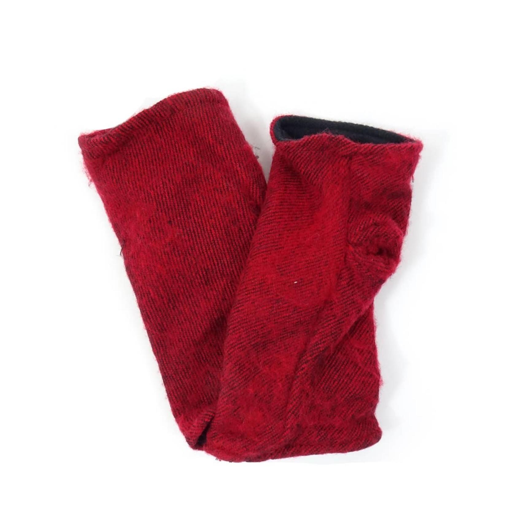 Zig Zag Asian Brushed Woven Fingerless Gloves in Red