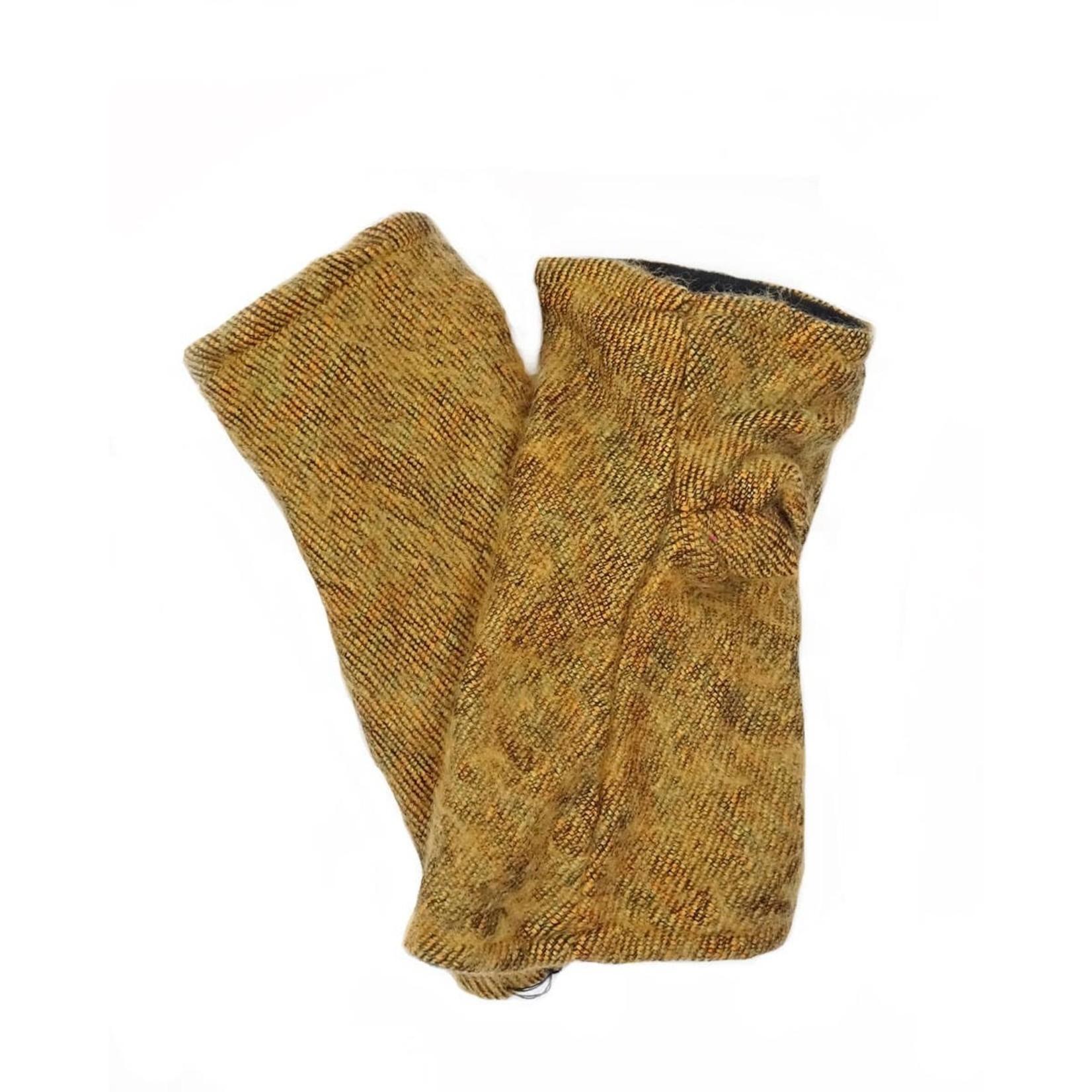 Zig Zag Asian Brushed Woven Fingerless Gloves in Saffron