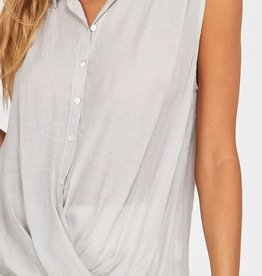 Wishlist Sleeveless Button Up Top