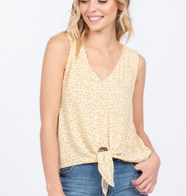 Everly Knotted Daisy Top