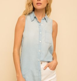 Hem & Thread Sleeveless Chambray Shirt