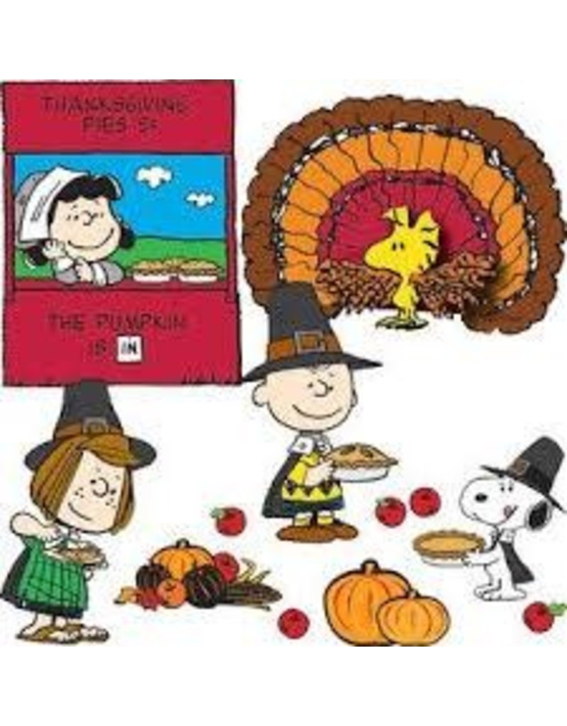 A Charlie Brown Thanksgiving Bulletin Board