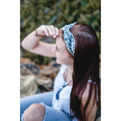 LOTUS AND LUNA SANTA BARBARA TWIST HEADBAND