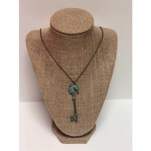 O YEAH GIFTS SEAHORSE KEY PENDANT NECKLACE