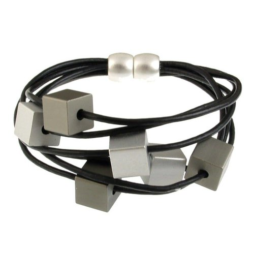 ORIGIN JEWELRY LEATHER CUBE BRACELET