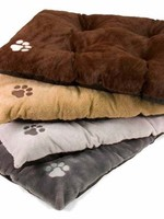 Dallas Manufacturing Company Dallas Manufacturing Bone Applique Tufted Dog Bed 27x36