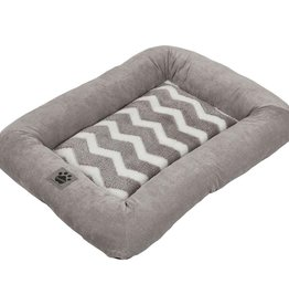 PRECISION PET PRODUCTS INC Petmate Zig Zag Low Bumper Kennel Mat Gray Small