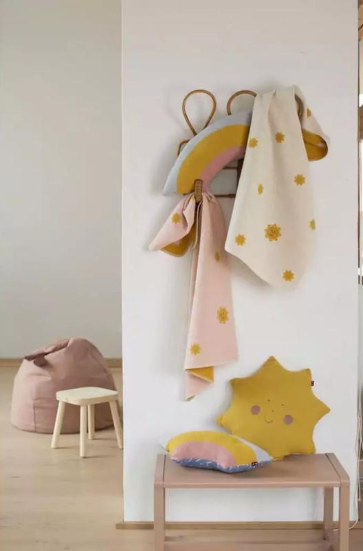 David Fussenegger - Juwel Embroidery Suns Blanket