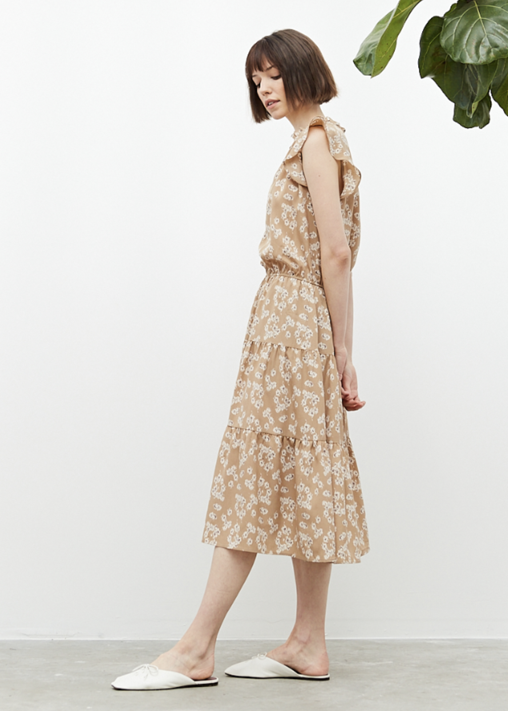 Grade & Gather Grade & Gather Floral Print Ruffled Dress
