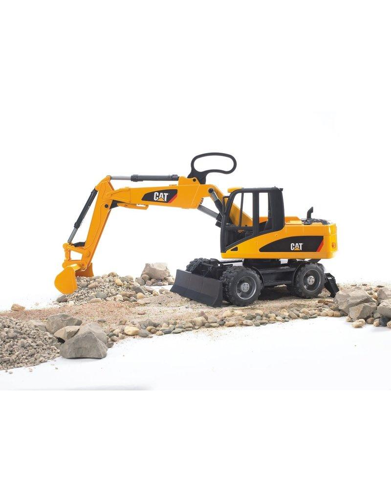 BRUDER TOYS AMERICA INC CATERPILLAR Small Wheel Excavator