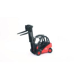 BRUDER TOYS AMERICA INC Linde H30D Forklift with 2 Pallets