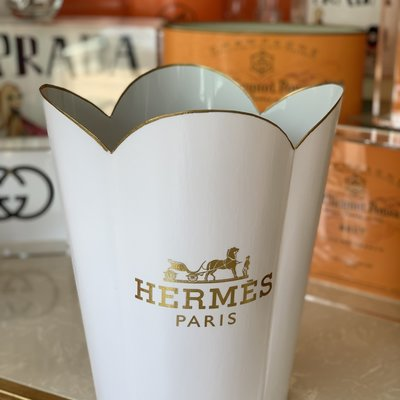 Hermes Wastepaper Basket (White & Gold Scallop)