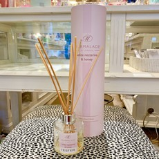 83-10190 White Nectarine and Honey Reed Diffuser