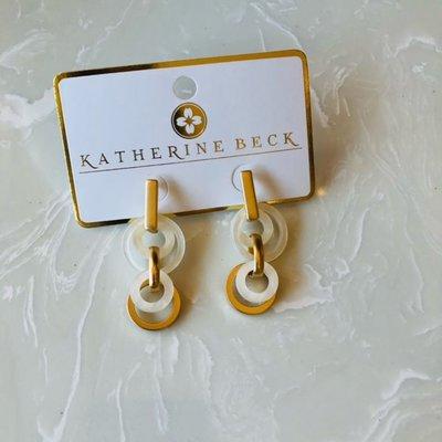 ep29685-001 acrylic circle & bar earrings