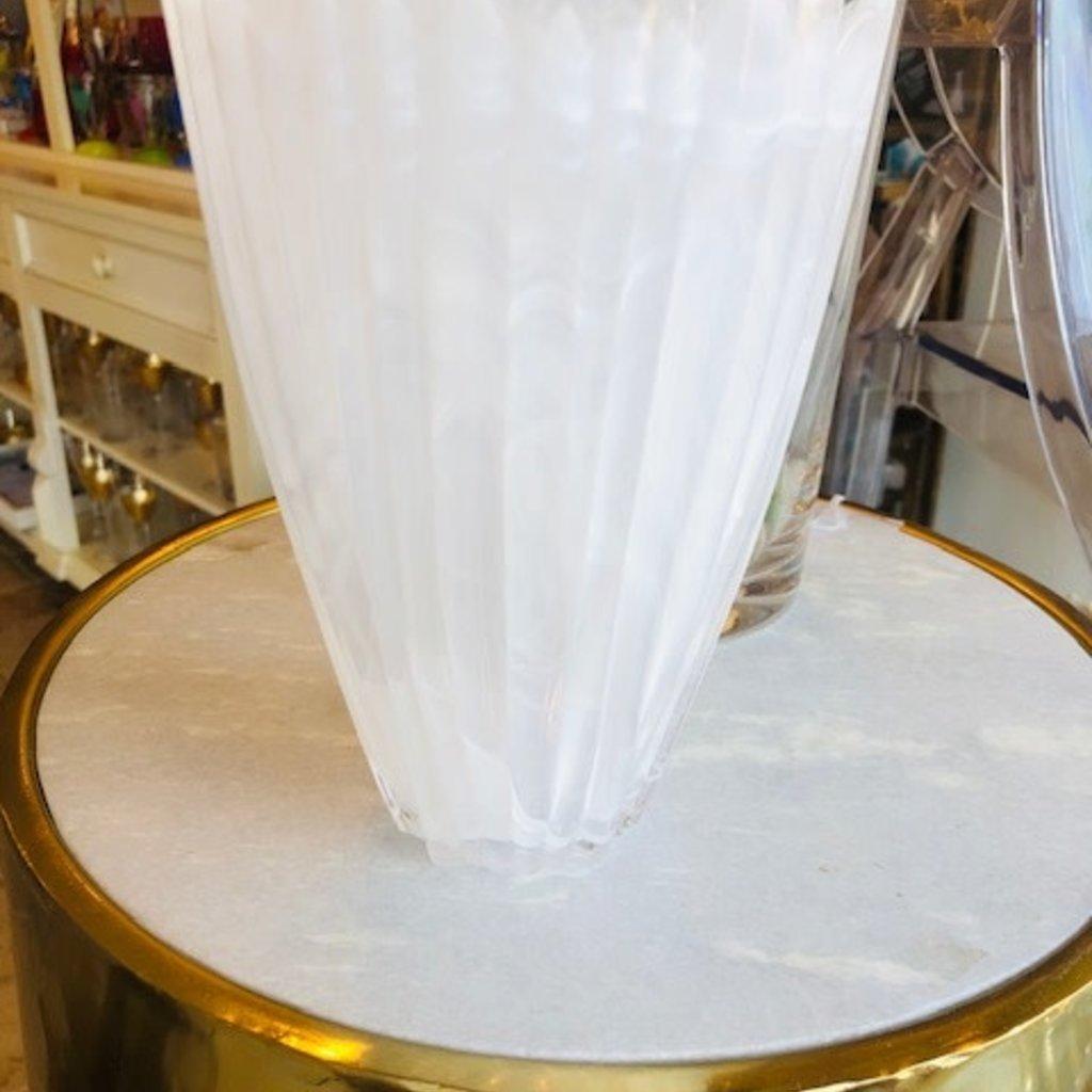 457-10003 alabaster white vase