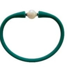 Emerald Freshwater Pearl Maui Necklace