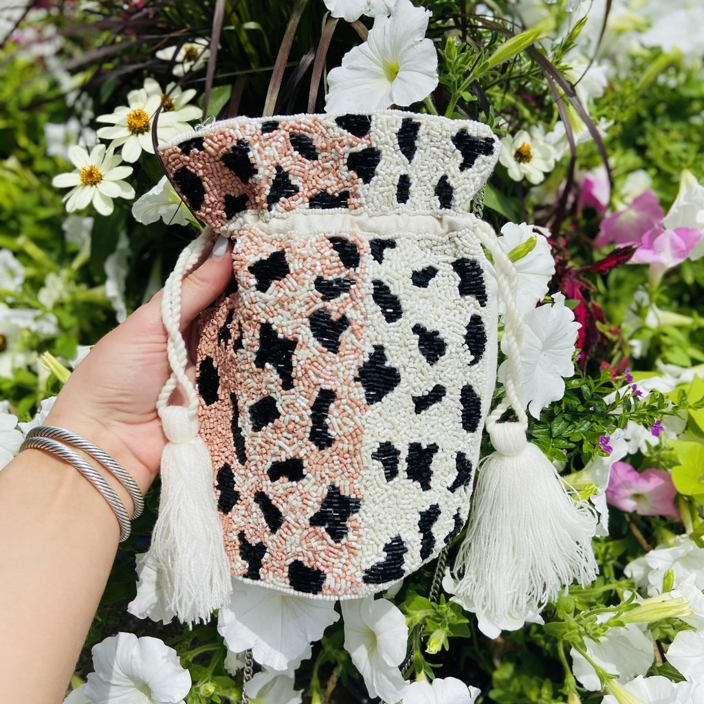 lac-ss-433 Floral Beaded Hard Clutch