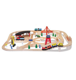 MELISSA & DOUG WOODEN RAILWAY SET 3+