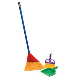 SCHYLLING BROOM WITH DUSTPAN