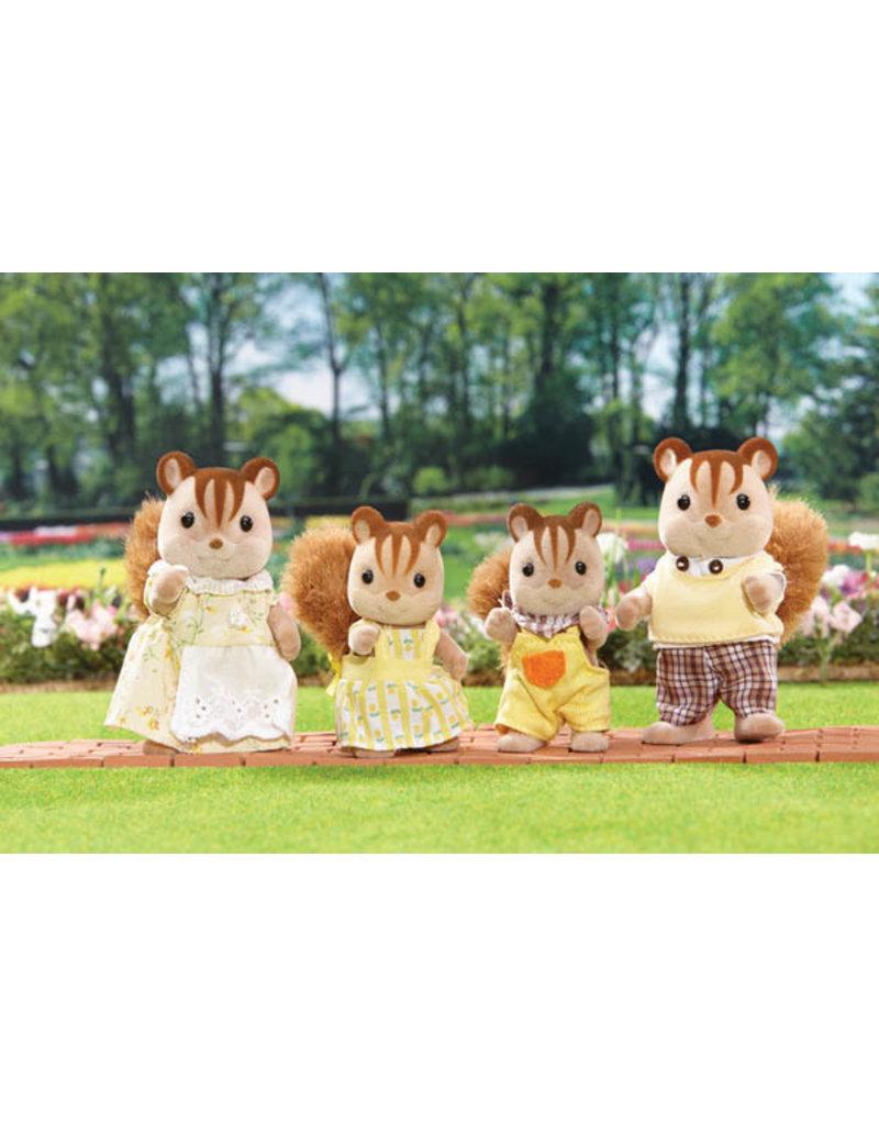 INTERNATIONAL PLAYTHINGS Hazelnut Chipmunk Family