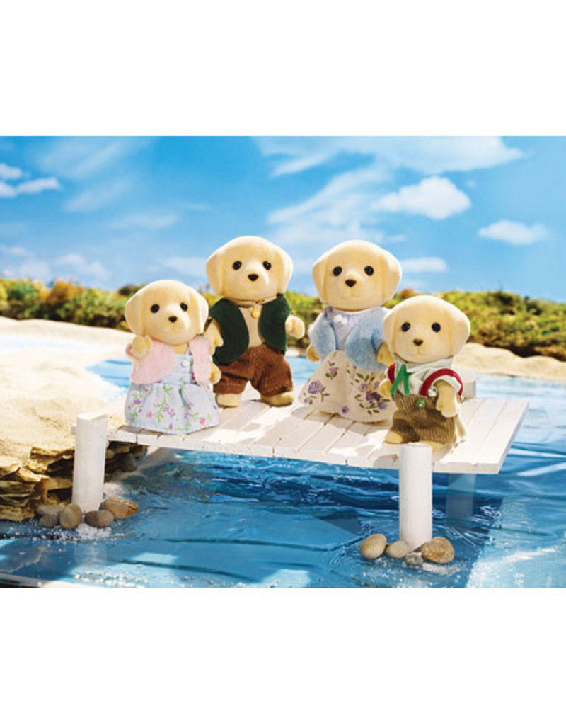 INTERNATIONAL PLAYTHINGS Yellow Labrador Family