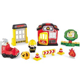 INTERNATIONAL PLAYTHINGS Lights 'n Sounds Fire Station