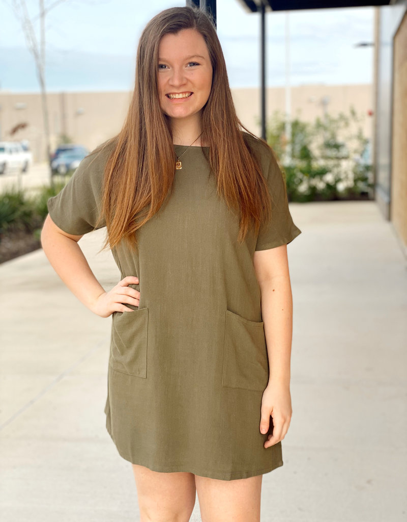 Linen T Shirt Style Dress with Front Square Pockets