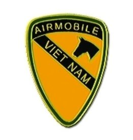 MidMil 1st Cavalry Air Mobile Vietnam Pin 1""