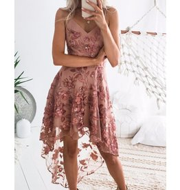 Spaghetti Strap Lace Emrodidery Dip Hem Dress
