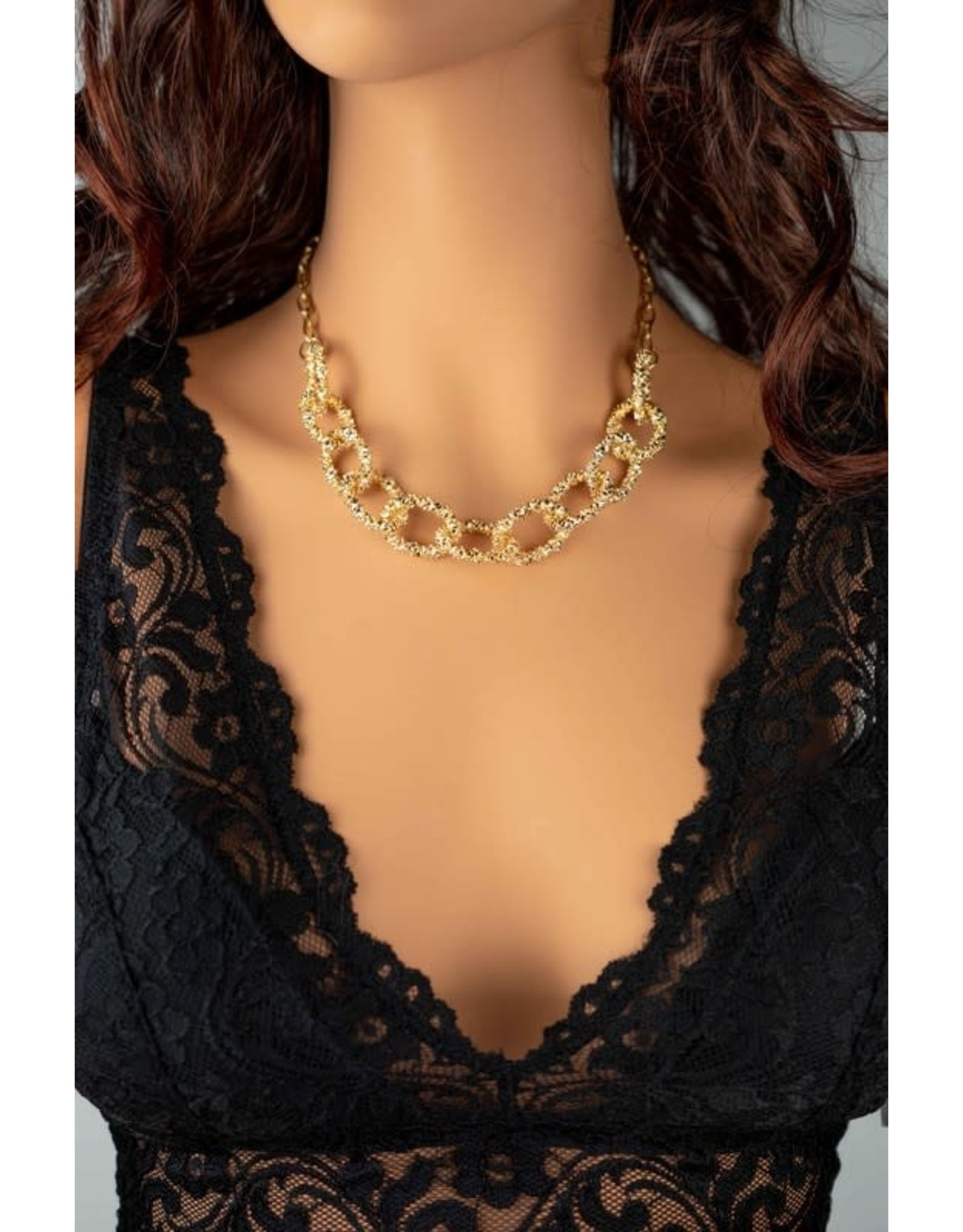"Size 16"" + 3""Extension Chunky Oval Textured Chain Link Necklace - Color: Gold"