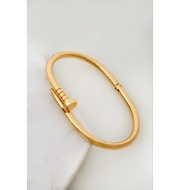 Made Of High Quality Brass. One Size Fits All Shinny And Smooth Nail Hinged Bangle - Color: Gold
