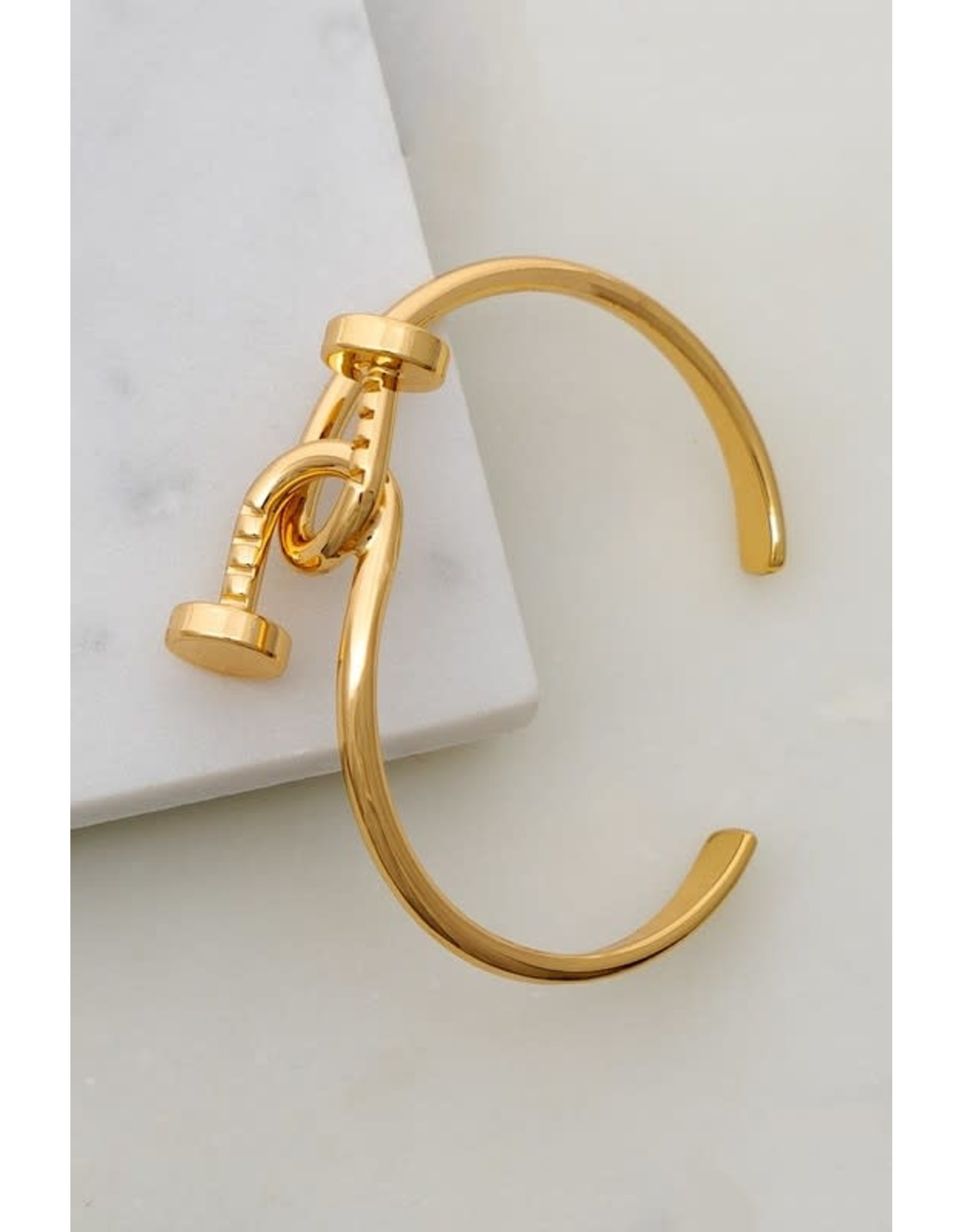 Made Of High Quality Brass. Shiny And Smooth Finish. Shiny Gold Plating. Size: One Size Fits All Intertwined Brass Nails Cuff Bracelet - Color: Gold