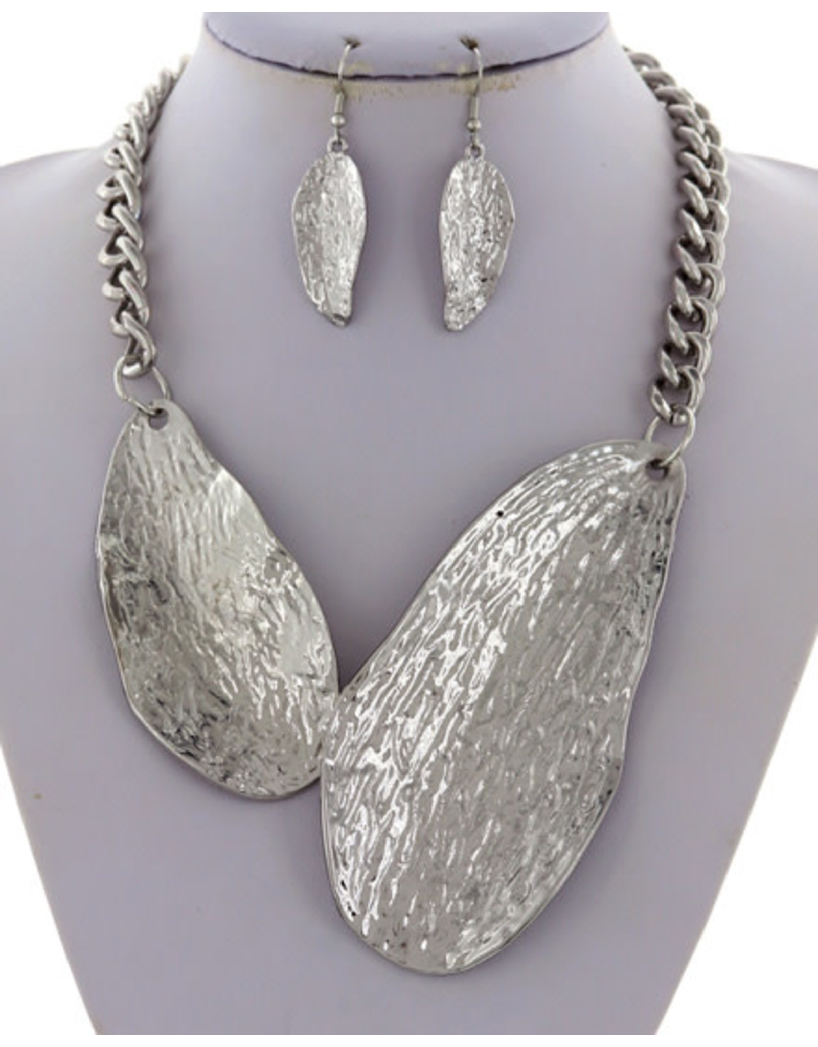 Hammered Metal Necklace & Earring Set