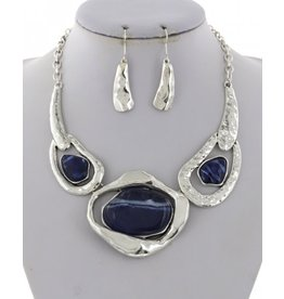 Hammered Metal with Acrylic Stone Necklace and Earring Set