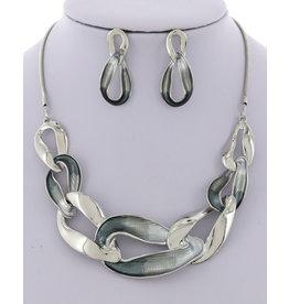Metal Necklace & Earring Set