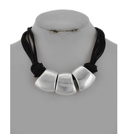 Chunky Black and Silver Leatherette Necklace