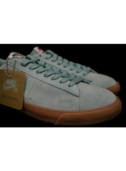 best sneakers ca553 cee60 Nike SB - Vault 813