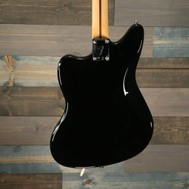 Fender Player Jaguar Pau Ferro Fingerboard Black S/N MX18155324