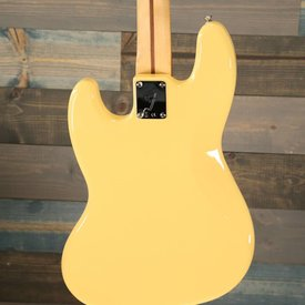 Fender Player Jazz Bass Maple Neck Buttercream S/N MX18159236