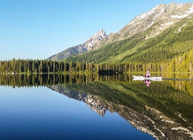 Lago remando