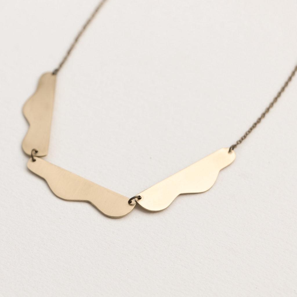 YEWO Wingo Necklace